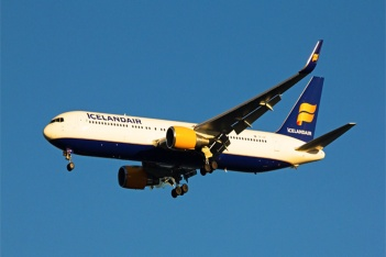 Icelandair Airlines Airplane Flying
